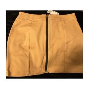 Khaki coloured jean skirt (NEW-NEVER WORN)